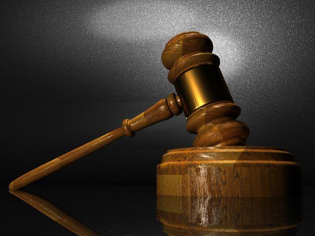Jeden krok wprzód, trzy kroki wtył cz.III, czyli czysąd doręcza wyrok?